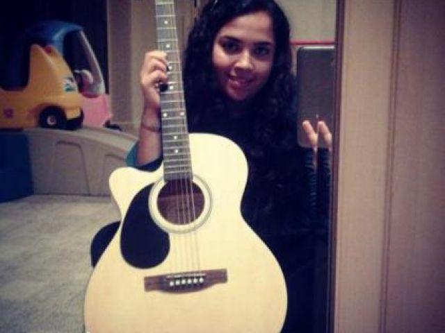 Gitar çalabilen var mı aranızda???